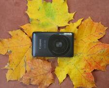 CANON IXUS 130 mattschwarz 14.1MP +Zubehörpaket +neue Tasche +8GB-SD +2xAkku *B6