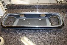 2005 LINCOLN LS REAR LICENSE PLATE HOLDER TRIM PANEL BEZEL OEM V6 117K 3.0 05