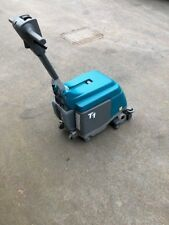 TENNANT T1 BATTERY SCRUBBER DRYER - RECONDITIONED