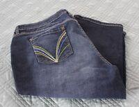 G-unit Women's Denim Capris Size 20, Pocket Design & Side Leg Zippers