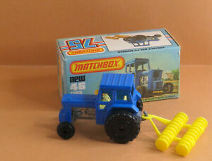 VINTAGE Matchbox by Lesney - Superfast MB 46e Ford Tractor and Harrow