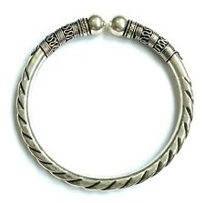 Beautiful Bracelet Solid Sterling Silver 925 Carving HandCrafted Design No Stone
