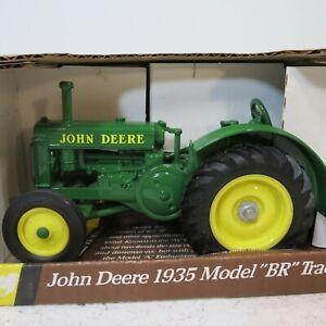 """John Deere 1935 Model """"BR"""" Tractor by Ertl in 1/16th Scale NIB"""