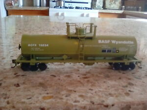 Athearn BASF tank car custom ho scale