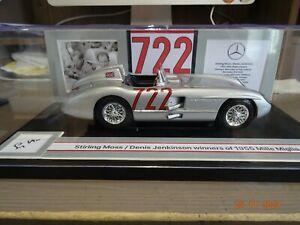1/18 Mercedes Benz. Moss autograph.