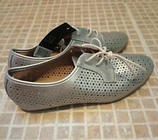 Silver lazer cut shoes flats lace up brogues size 40 uk 6.5 new