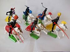 BRITAINS DEETAIL Mounted chevaliers noirs set complet de 6