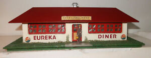 American Flyer 1952 Version 275 Red Eureka Diner Close to New Lighting Original