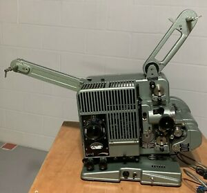 SIEMENS 2000 SERIES 16MM FILM PROJECTOR-OPTICAL AND MAGNETIC SOUND