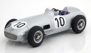 Mercedes W196 #10 2nd. British GP J.M.Fangio Champion 1955 - 1:18 i Scale