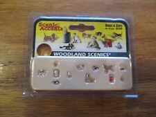 Woodland Scenics / Scenic Accents #A2140 N Scale - Cats & Dogs - 12/pc