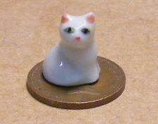 1:12 Scale Dolls House Sitting Ceramic White Kitten Accessory Cat Pet Ornament O
