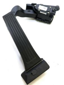 OEM 32700-2S100 Auto Accelerator Pedal Pad 1Pcs for Hyundai Tucson iX 2010-2015