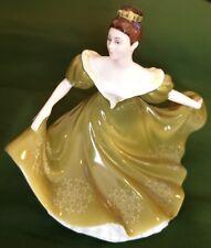 "Wonderful Vintage 7"" Dancing Lady Figurine ""Lynne"" Hn2329 Royal Doulton England"