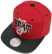 Mitchell & Ness and Miami Heat Leather Arch EU065 Snapback Cap Basecap