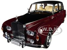 ROLLS ROYCE PHANTOM VI RED AND BLACK 1/18 DIECAST MODEL CAR BY KYOSHO 08905 RBK