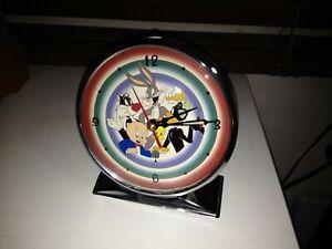 Vintage Warner Brothers cartoons alarm clock - Bugs Bunny, Sylvester, Tweety Pie