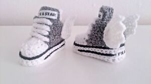 EARLY BABY CROCHET  SHOES BOOTS BOOTIES KNITTING FIRST SHOES clothes