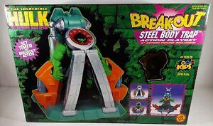 1997 Toybiz Incredible Hulk Breakout Steel Body Trap Playset & Figure 43431