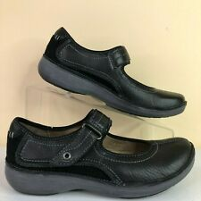 Clarks Mary Jane Flats Shoe Womens 6.5W Wave Walk Black Leather Adjustable Strap