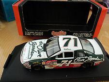 Quartzo 1/43 Chevrolet Monte-Carlo #71 NASCAR Olive Garden