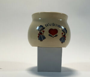 Beige Vase Pottery Welcome Design Heart 3.75 X 2.5 Inches