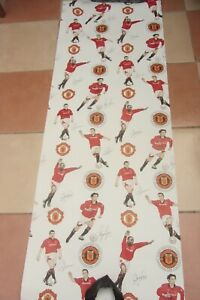 RARE 1980/90'S MANCHESTER UNITED WALL PAPER - CRAFT DECORATION - NOT USED