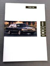 2001 Lincoln Town Car 36-page Original Large Car Sales Brochure Catalog