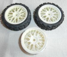 Modélisme Kyosho lot pièces automobiles 3 jantes & 2 pneus