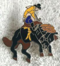 VINTAGE RODEO COWBOY HORSE ENAMEL PIN BADGE
