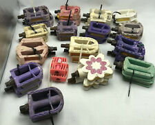 """Vintage Tricycle Bicycle Wagon Pedals 1//4/"""" Non-Plated Flat Metal Press On Cap"""