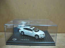 Nissan Dong Feng Teana model car white 1/43 free shipping