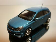 MINICHAMPS OPEL ASTRA GTC - BLUE METALLIC 1:43 - EXCELLENT CONDITION - 33