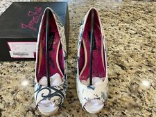 Iron Fist shoes Size 7 Gated Soul Peeptoe Platform, Retired In Box. White