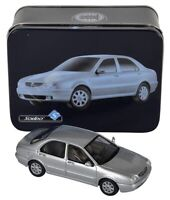 Solido Lancia Lybra Silver 1999 1/43 Tin Box Gift Set