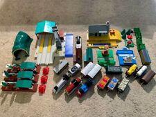 Tomy Trackmaster Thomas the Tank Engine Train and buildings Bundle Job lot