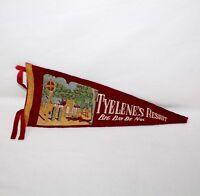 "Vintage ""TYELENE'S RESORT BIG BAY DE NOT"" 15 1/2"" Felt Pennant"
