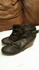 Wedge booties sz.9.5 Blowfish brown manmade leather ankle boots ruching detail
