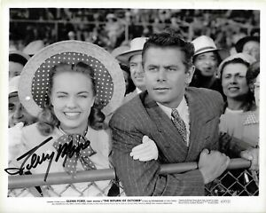 Terry Moore Authentic Signed BW 8x10 Glossy Photo Return of October '47 COA