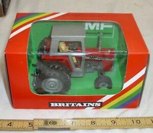 BRITAINS MASSEY FERGUSON FARM TRACTOR MODEL #9529 BOXED 1/32
