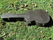 "TAYLOR GUITAR CASE,  BROWN TOLEX, 15"" BOTTOM BOUT"