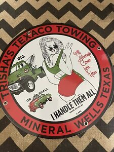 VINTAGE PORCELAIN TEXACO TOWING TEXAS GAS AND OIL SIGN