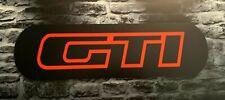 Enseigne Plaque Décorative logo GTI Peugeot 205 épaisseur 5 mm ( 70 cm x 20 cm)