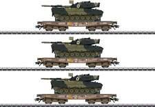 Marklin HO 48795  Slmmps Heavy-Duty Flatcar with Leopard Tank 3-Pack  Danish DSB