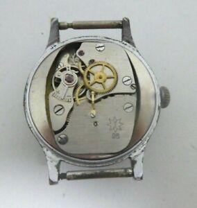 Vintage Junghans Cal 98  watch movement 15 JE Clockwork runs fur parts  (K274)