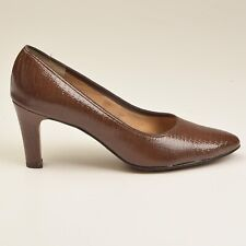 sz 7.5 A Vintage 1970s 70s Narrow Pumps Exotic Brown Leather High Heel Shoes