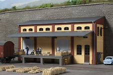 11436 Auhagen Ho Kit of a Half-Relief warehouse - Brand New
