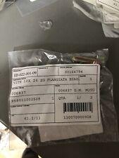 F3-22206806 MORSETTO cavo frizione Piaggio Vespa PX PK PE GT tutte 2,5 mm VITE L