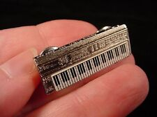 (M-324-B) mini ROLAND D50 SYNTHESIZER keyboard TAC PIN SILVER plt JEWELRY brooch