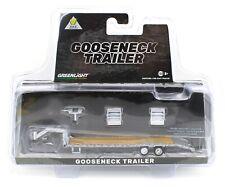 1:64 GreenLight *Hitch & Tow* Silver *Gooseneck* 5th Wheel Flatbed Trailer Nip!